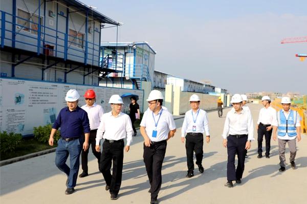 曹万里率队到滨海新区、电白区督导棚户区改造和博贺水质净化厂等项目建设1.jpg