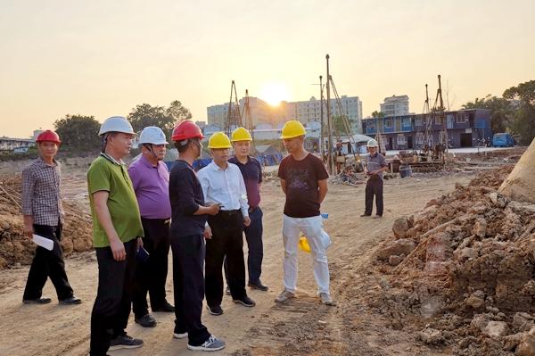 曹万里率队到滨海新区、电白区督导棚户区改造和博贺水质净化厂等项目建设3.jpg