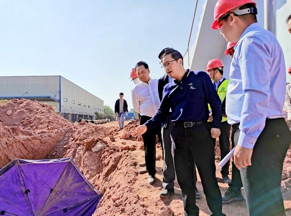 市住建局督导城镇生活污水垃圾处理设施项目建设1.jpg
