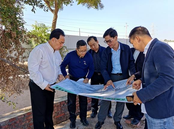 市住建局督导城镇生活污水垃圾处理设施项目建设2.jpg